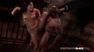 Hot Bondage! Brunette Ashley Blue gets free interracial porn movies
